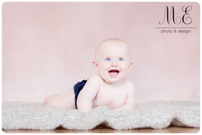 West Chester PA Family Portrait Photographer I Ella 6 Month Session