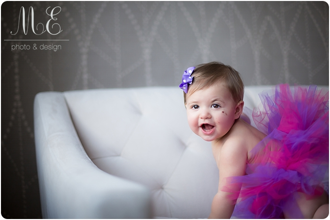 Newtown Square, PA Baby Portrait PhotographerI Antonia 1st Birthday Cake Smash Shoot