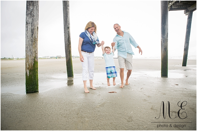 Avalon New Jersey Family Beach Portrait ME Photo & Design